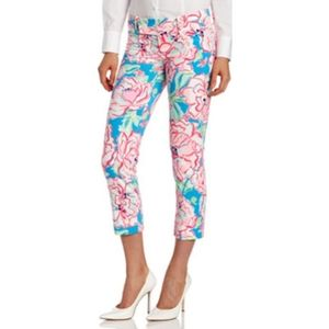 Lilly Pulitzer Flutter Blue Lucky Charm Capri Pant
